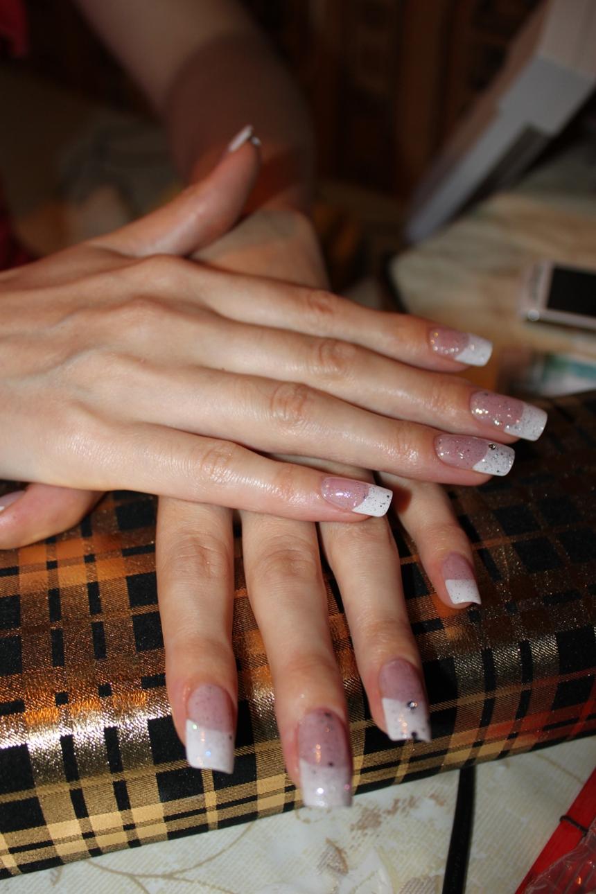 Наращивание ногтей на типсы гелем френч фото