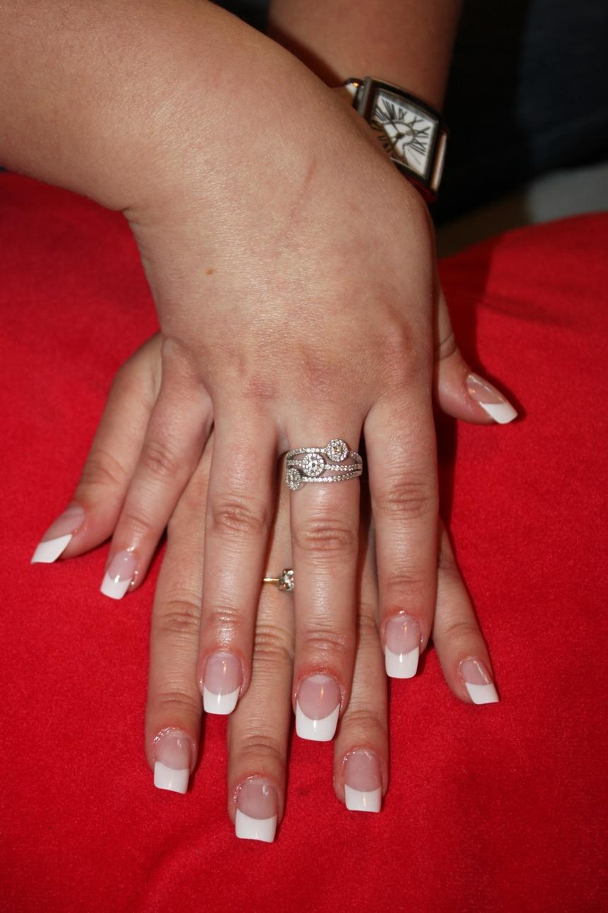Нарастить ногтей френч фото